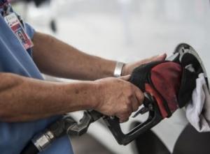 Governo atualiza preços base e valor médio da gasolina na Bahia pode passar de R$ 4,79
