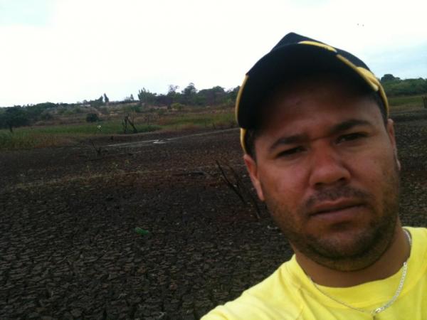 Luto em Condeúba: Junior Carreirinha, aos 34 anos de idade